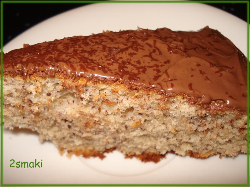 Ciasto orzechowe z nutellą i czekoladą
