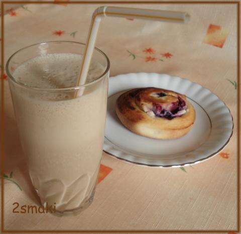 Koktajl bananowo-kawowy dla matki karmiącej