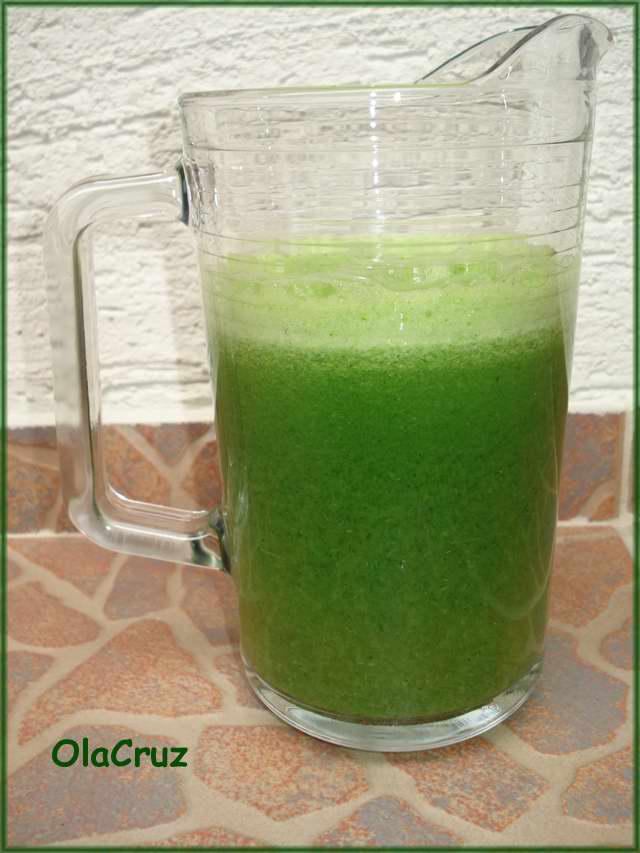 Napój z zielonej pietruszki