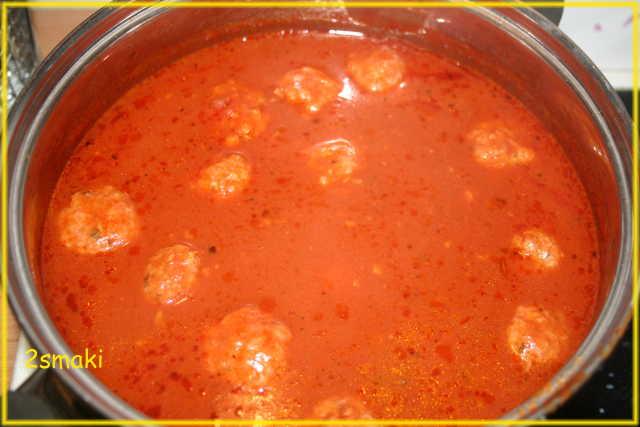 Pulpeciki w sosie pomidorowym Nigelli 2