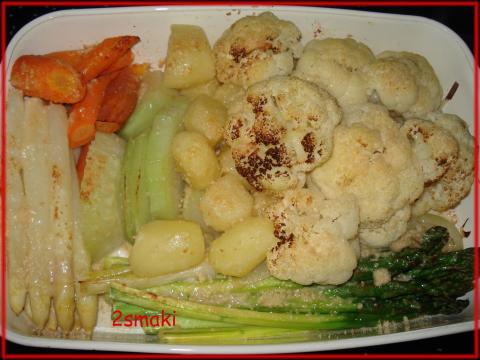 Warzywa na parze, zapiekane z parmezanem