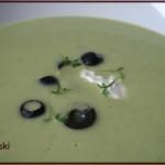 Zielona zupa groszkowo-brokułowa