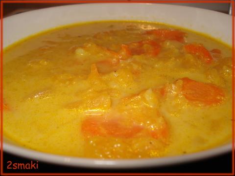 Zupa z dyni i marchwi z mlekiem kokosowym