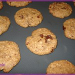 Ciasteczka owsiane z daktylami i czekoladą