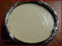 Sernik kremowy z białą czekoladą