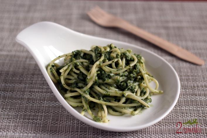 Spaghetti z zielonym sosem 3