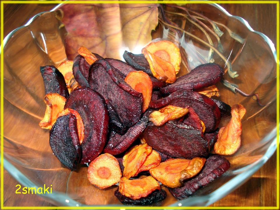 Chipsy z buraków i marchewki