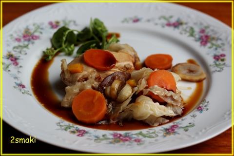 Filet z indyka duszony z warzywami