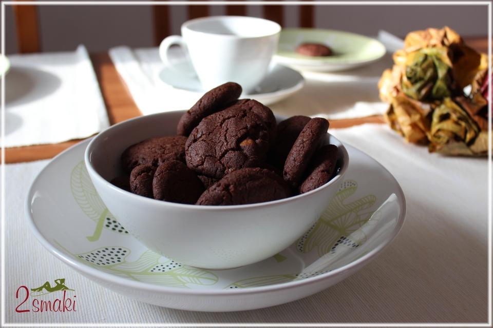 Ciastka czekoladowe z kawałkami czekolady