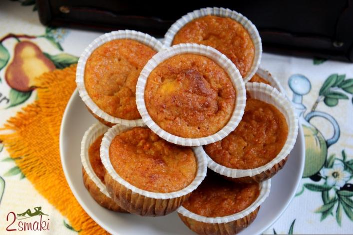 Cynamonowe babeczki dyniowo-marchwiowe