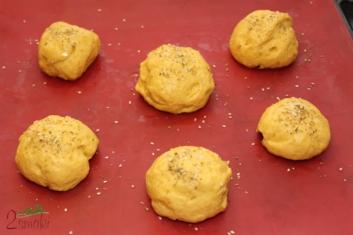 Bułeczki kukurydziane z oliwą 2