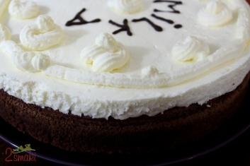 Tort brownies z bitą śmietaną 0
