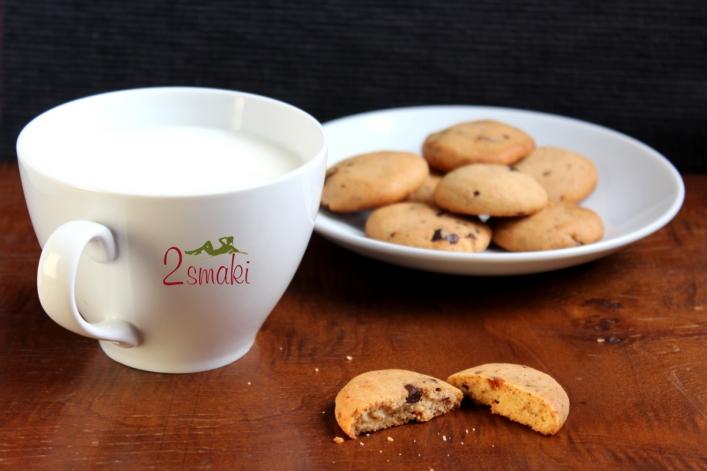 Ciastka kajmakowe z kawałkami czekolady 00