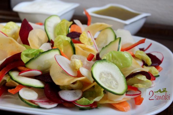 Sałatka z zimowych warzyw