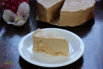 Mrożony tort kawowo-bezowy 4