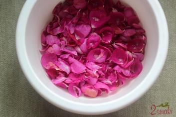Konfitura z płatków róży 1