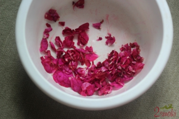 Konfitura z płatków róży 3