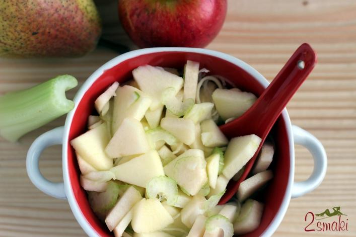 Sałatka z jabłka, gruszki i selera naciowego 0
