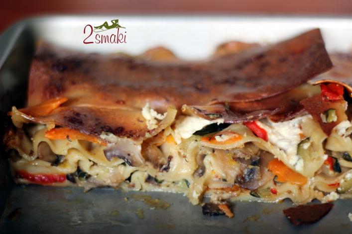 Lazania z warzywami i serem feta