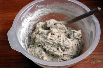 Chleb żytni na zakwasie - ciasto chlebowe wymieszane
