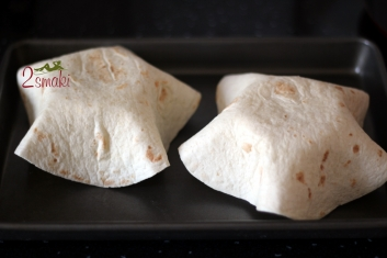 Pożywna fasolka po meksykańsku w chrupiącej miseczce z tortilli 2