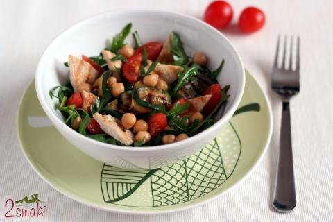 Salatka z cieciorki 0