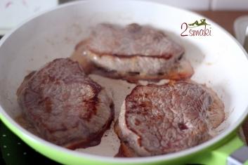 Steki z puree z marchwi i chrupiącymi warzywami 1