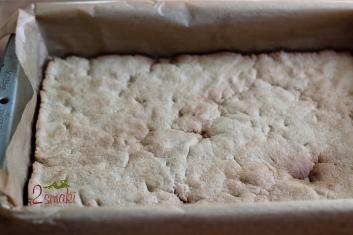 Kruche ciasto fit z pianką i malinami lub truskawkami 4