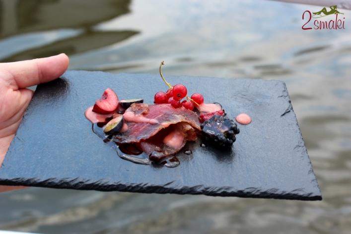 Rejs i wołowina QMP Menu - Korzenna wołowina z pieprzem i owocami