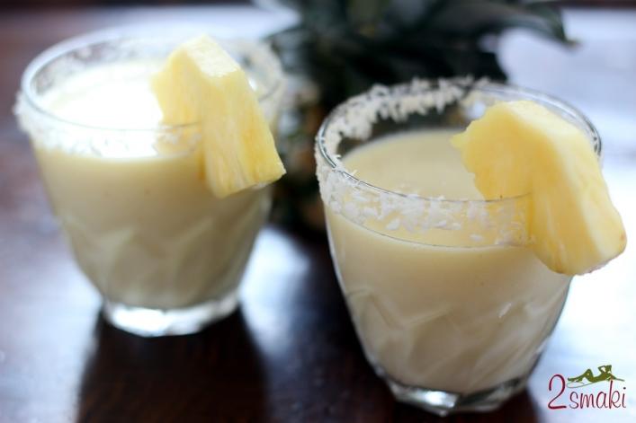 Koktajl ananasowo-kokosowy 0