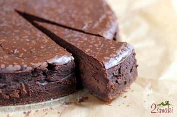 Sernik intensywnie czekoladowy 2