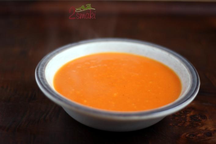 Zupa dyniowo-pomarańczowa a