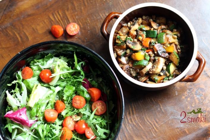 Błyskawiczny obiad z warzyw i soczewicy
