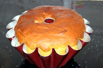 Wegańska cytrynowa babka drożdżowa 4
