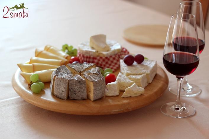 Sery Le Rustique - deska serów i wino