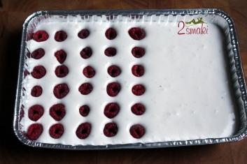 Kruche ciasto z pianką i malinami - wegańskie i bezglutenowe 3
