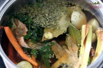 Rosół z warzyw pieczonych