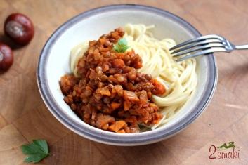 Wegański sos boloński