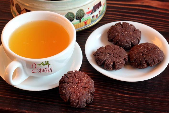 Kruche ciastka czekoladowe, wegańskie, bezglutenowe i bez cukru