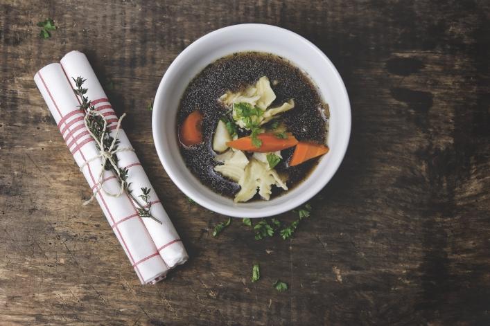Zupa z borowików z nalewką wiśniową