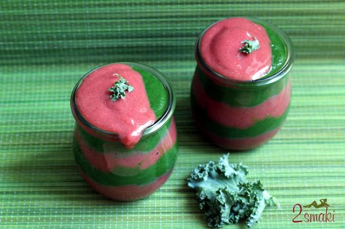 Deser truskawkowo-jarmużowy